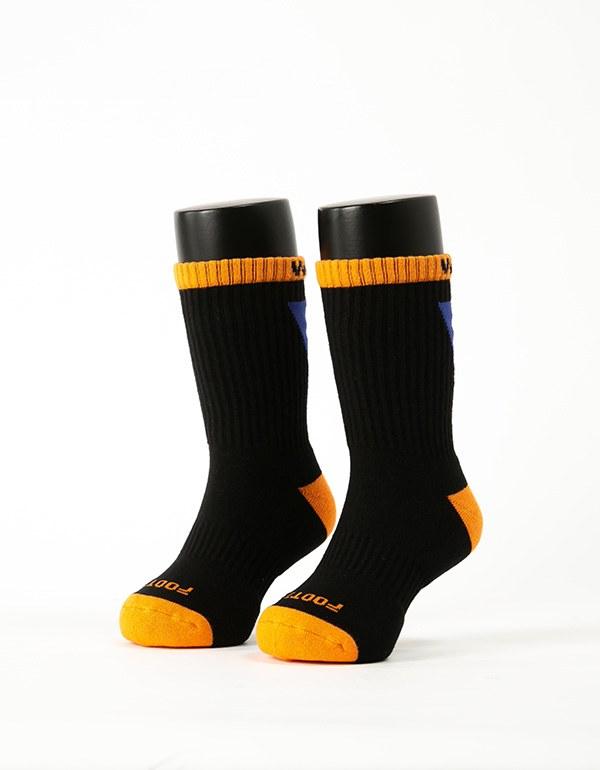 做自己運動氣墊襪